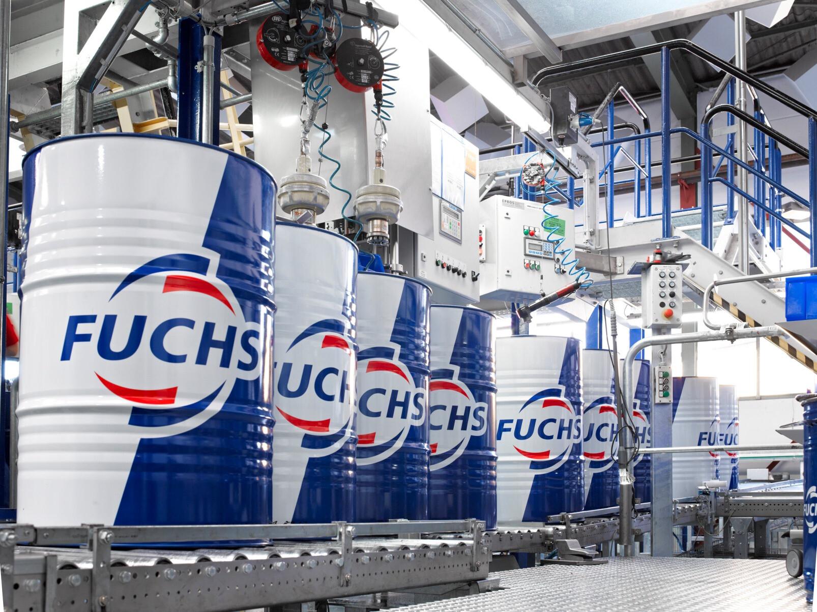 A FUCHS é o maior grupo independente de lubrificantes do mundo