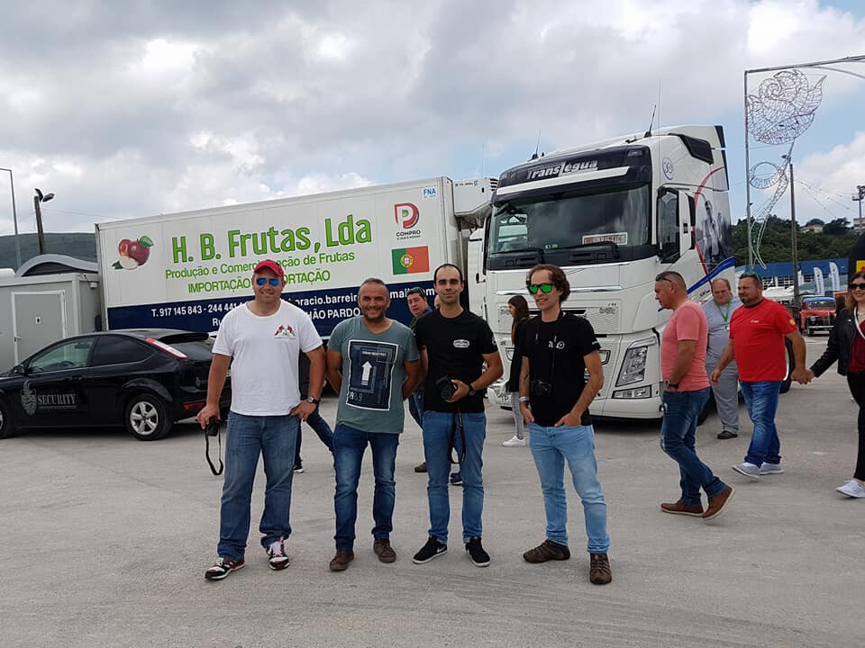 Alguns dos truck spotters do grupo Lusotruckfan.pt