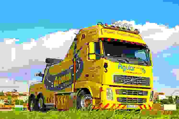 Reboque de Camiões - Aguiar Team