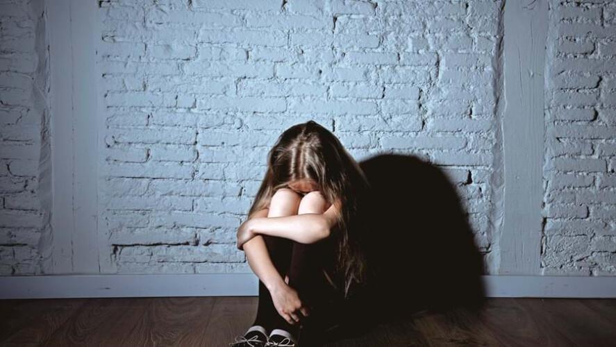 homem-detido-por-abusar-mais-de-300-vezes-da-filha-menor