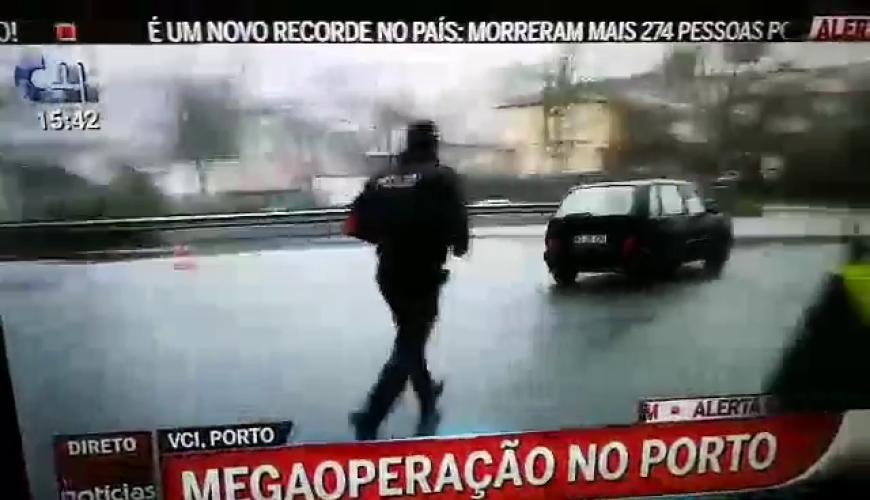 insolito-condutor-escapa-em-direto-a-operacao-stop