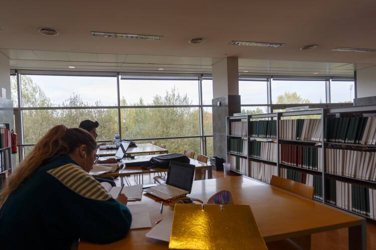biblioteca-municipal-alarga-horario-ate-final-de-junho