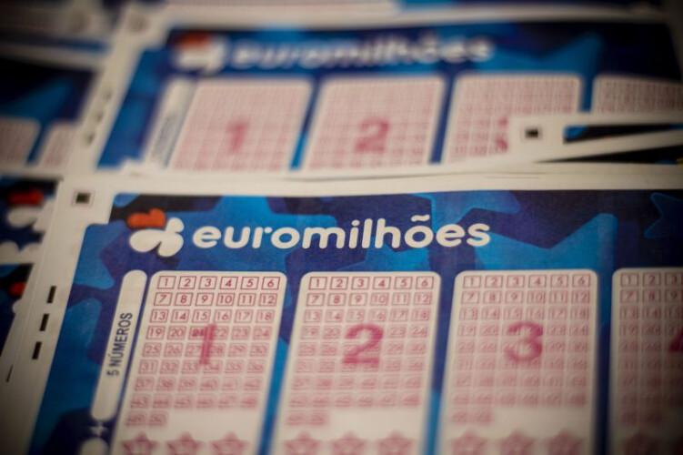 jogos-como-o-euromilhoes-renderam-327-mil-euros-por-dia-ao-sns