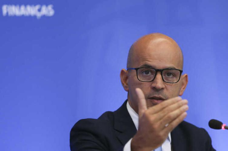 rendimentos-mais-altos-obtem-maior-poupanca-no-irs-de-2022