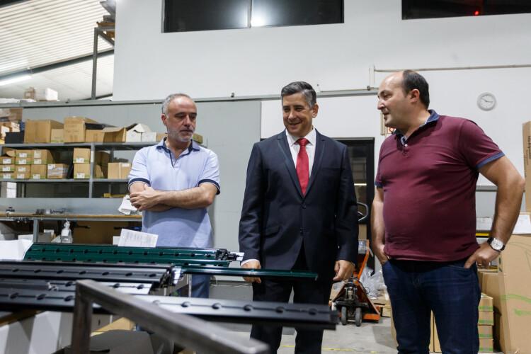 alberto-costa-elogia-tecido-empresarial-do-municipio
