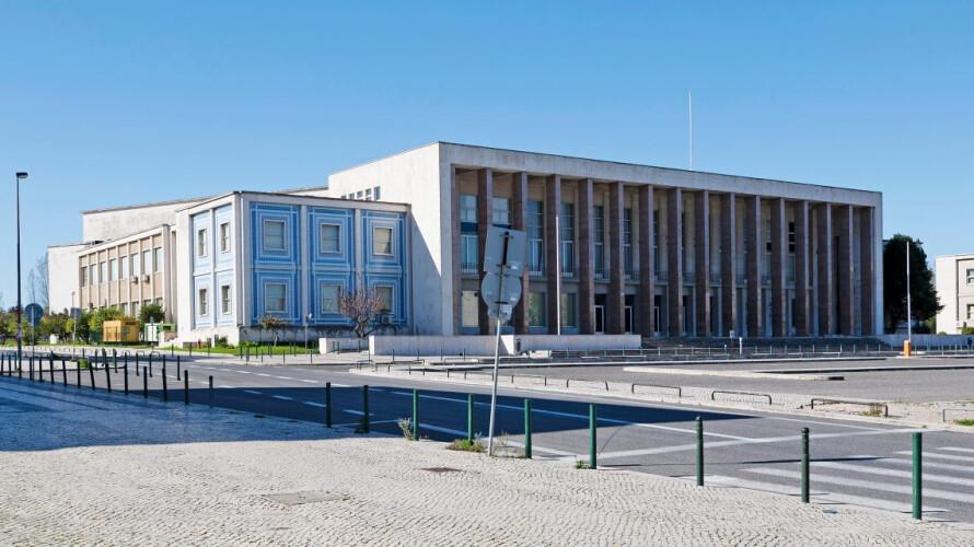governo-pode-vir-a-limitar-entradas-nas-universidade-do-porto-e-lisboa
