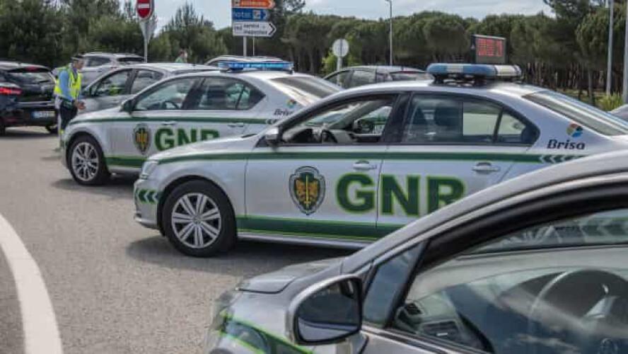 gnr-detem-40-pessoas-e-regista-462-infracoes-rodoviarias