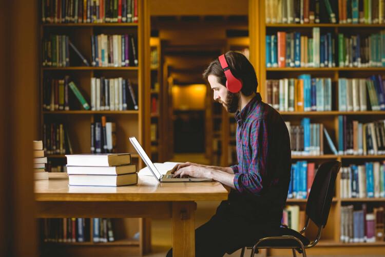 termina-hoje-prazo-para-universitarios-pedirem-bolsas-de-estudo