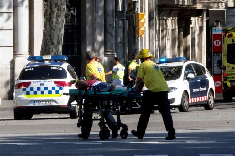 mais-que-um-atentado-um-dia-de-terror-e-morte-em-barcelona