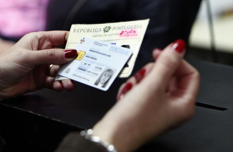 eleitores-podem-votar-com-cartao-do-cidadao-caducado