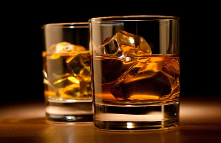sabia-que-beber-whisky-moderadamente-traz-beneficios-para-a-saude