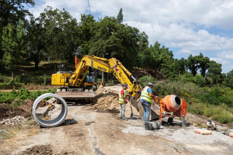 ja-arrancaram-as-obras-de-requalificacao-na-estrada-municipal-510