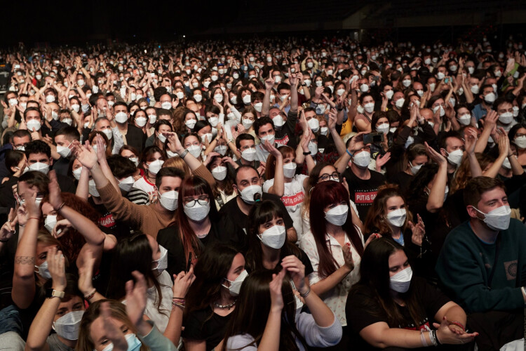 concerto-em-barcelona-mostra-que-grandes-eventos-podem-ser-seguros
