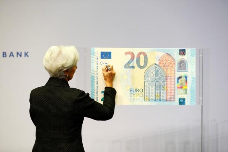 esta-e-a-nova-assinatura-que-vai-aparecer-nas-suas-notas-de-euros
