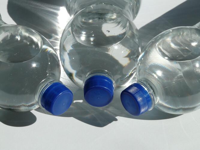 reutilizacao-de-garrafas-de-plastico-e-prejudicial-a-saude