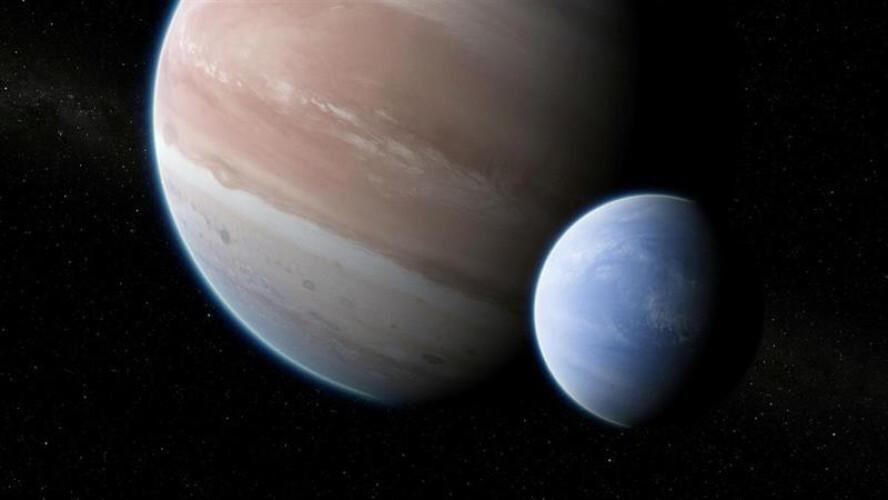astronomos-descobrem-a-maior-lua-alguma-vez-conhecida