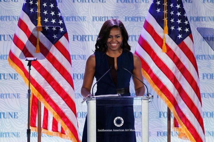 se-as-eleicoes-fossem-hoje-michelle-obama-dava-uma-tareia-a-trump