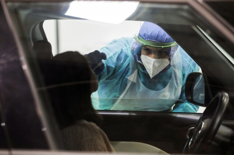 oms-diz-que-pandemia-durara-muito-tempo