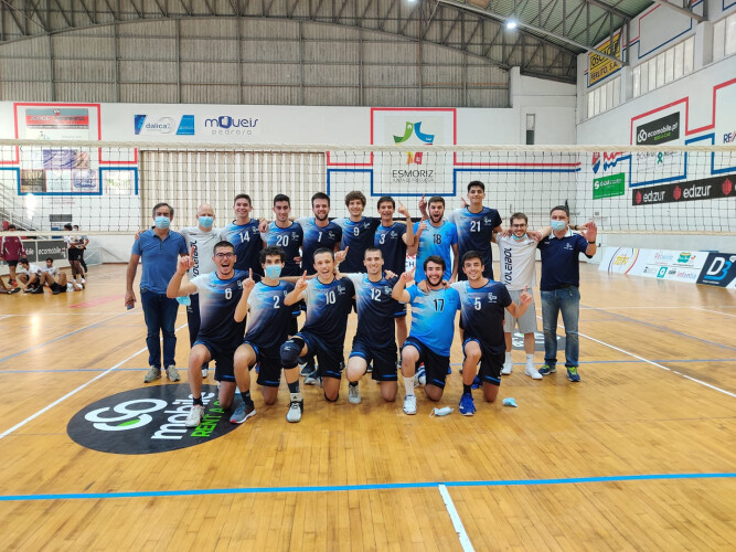 duplo-objetivo-atingido-pela-equipa-sub-21-masculina-voleibol-do-gcst