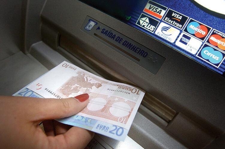familias-batem-recorde-no-credito-ao-consumo
