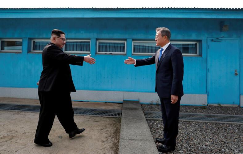 kim-e-moon-anunciam-o-fim-da-guerra