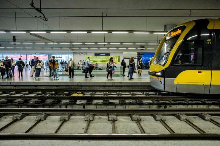 greve-no-metro-do-porto-em-tres-dias-de-dezembro