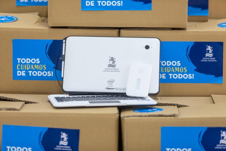 camara-disponibiliza-computadores-tablets-e-internet-as-escolas
