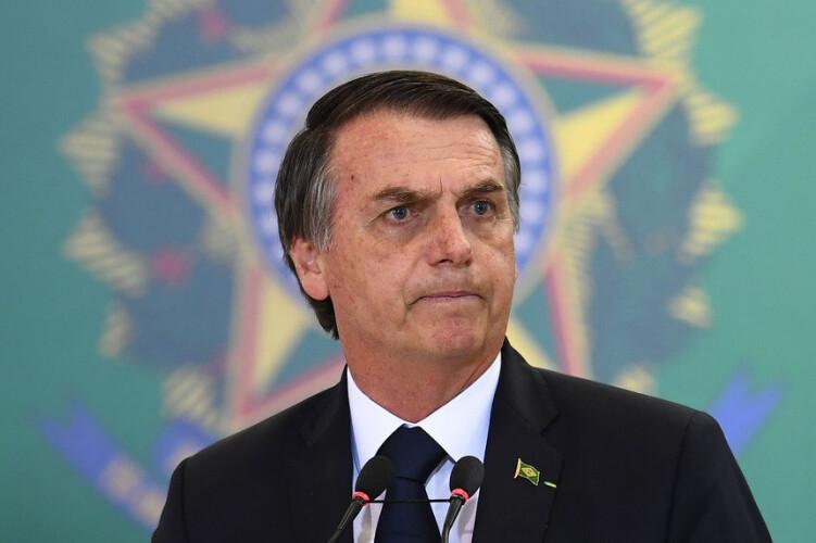 bolsonaro-culpa-as-ong-por-incendios-na-amazonia