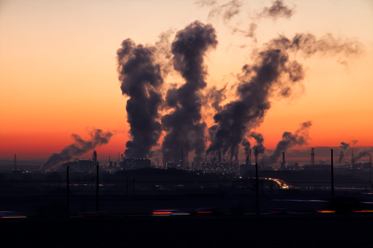 poluicao-atmosferica-esta-a-enfraquecer-os-nossos-ossos