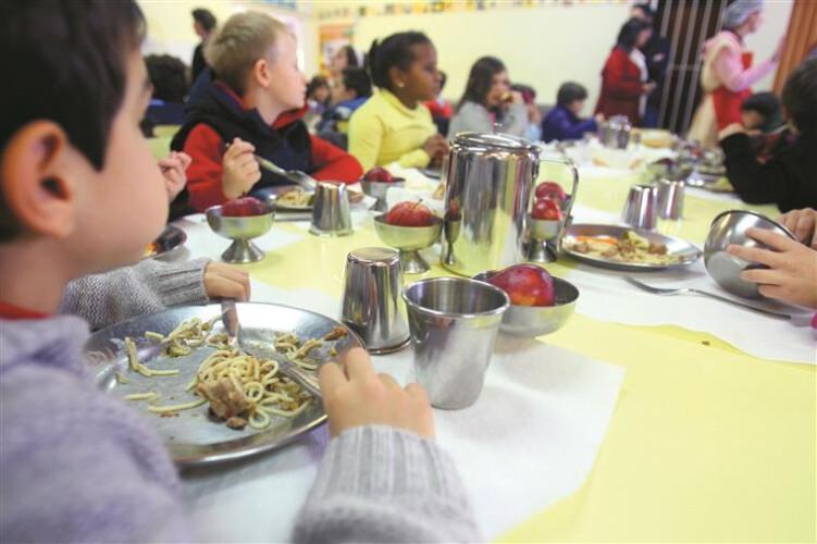 sobras-de-comida-em-escolas-serao-transformadas-em-adubo