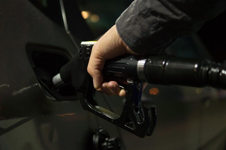 gasolina-com-maior-descida-desde-2019
