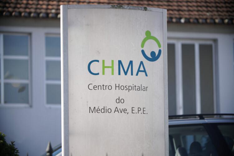 centro-hospitalar-do-medio-ave-lotado-encaminha-doentes-para-coimbra