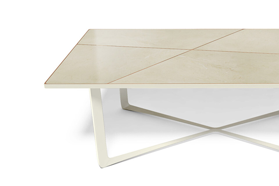 NERO DINING TABLE 2