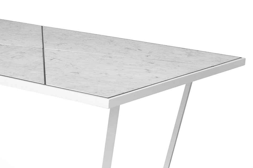 NERO DINING TABLE 5