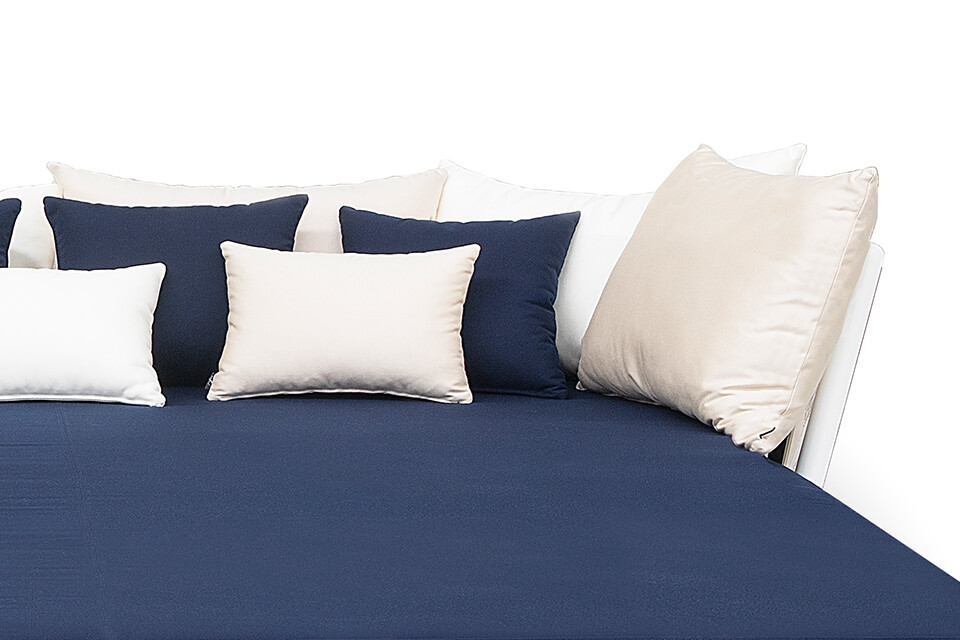 PILLOW SMALL (3)