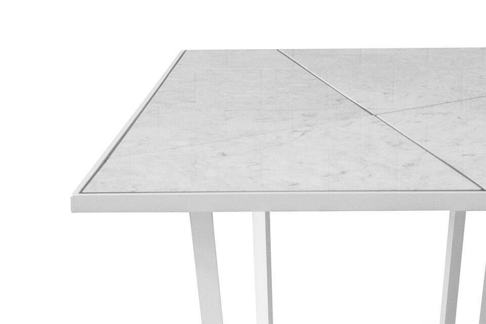 NERO DINING TABLE 4