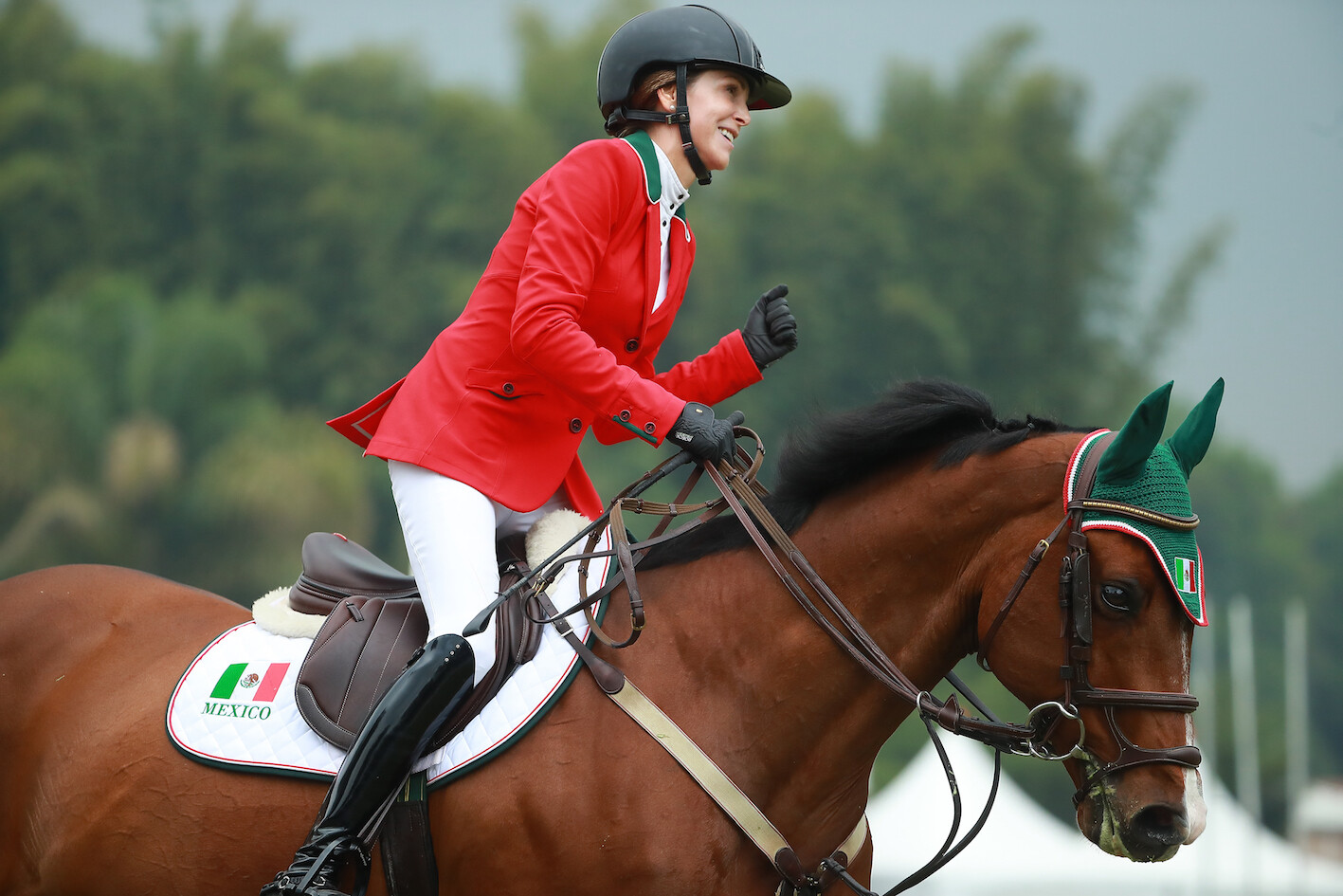 Lorenza O'Farrill and Queens Darling led Team