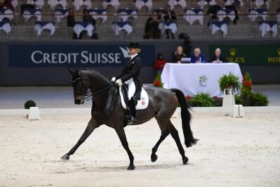 Jessica von Bredow-Werndl vence em Genebra