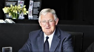 Faleceu o juíz internacional e chefe de pista Jon Doney
