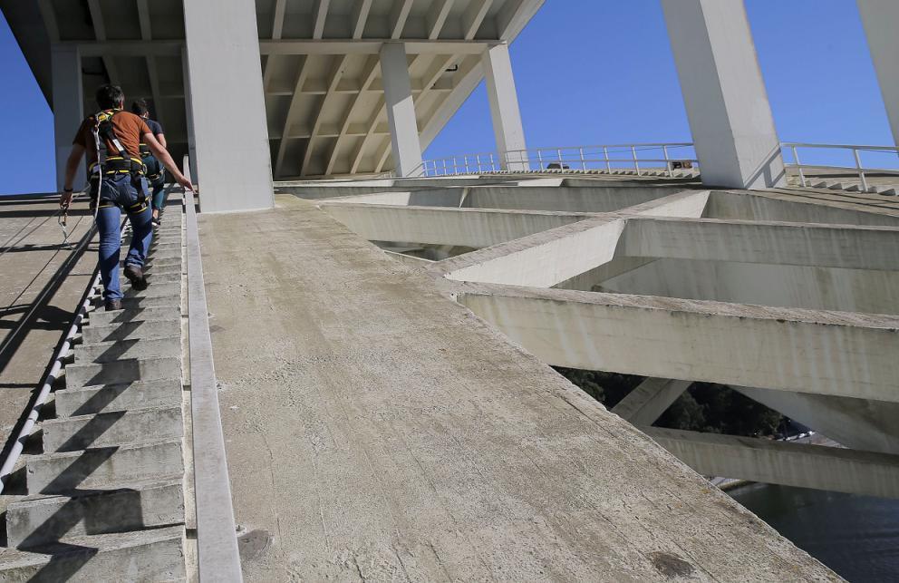escapadinhas-no-norte-Escalar-Ponte-da-Arrábida-atividades-no-norte