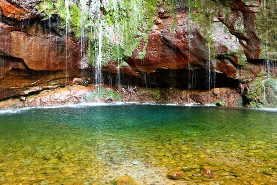 Cascatas-das-25-fontes-visitar-a-Madeira