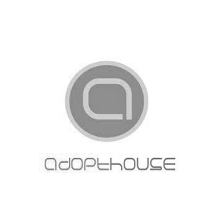 adopthouse-bw